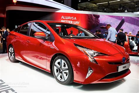 latest toyota cars 2016 2016 toyota prius pricing in the uk starts at 163 23 295