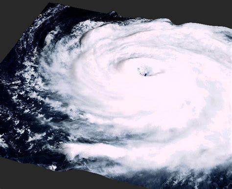 imagenes satelitales topes nubosos en tiempo real tif 243 n sondga en 3d revista del aficionado a la meteorolog 237 a