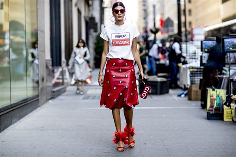 Fashion News Weekly Up by 19 Colourful Style Looks From New York Fashion Week