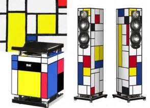 Four Lights Houses by Elac S De Stijl Edition Speakers And Subwoofer Apartment