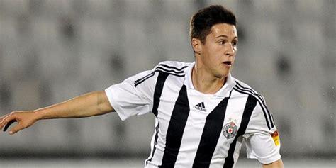 Pemain Serbia Chelsea Resmi Dapatkan Gelandang Muda Serbia Bola Net