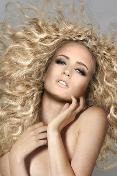 curly dirty blonde hair 106 best curly hair images on pinterest gorgeous hair