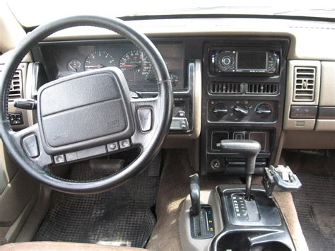 jeep grand cherokee 40i laredo 1993 car interior design