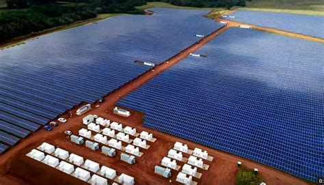 elon musk kauai tesla locks in 20 year deal to provide solar electricity