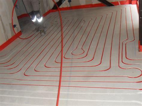riscaldamento a pavimento ristrutturazione riscaldamento a pavimento zeromax l ideale per la