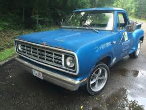 1974 dodge d100 base standard cab 2 door 3