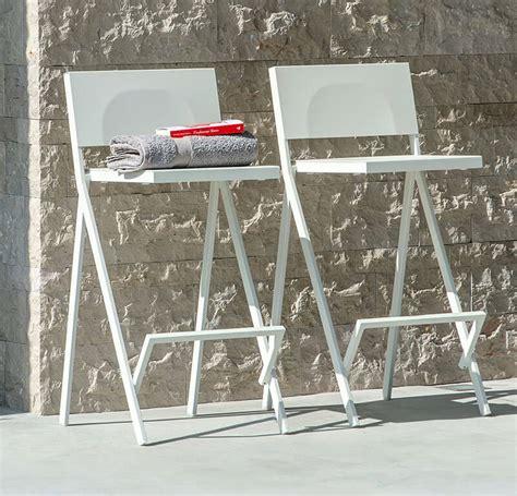 tavolo tondo pieghevole tavolo tondo pieghevole piano in hpl 216 80 tavolo tondo