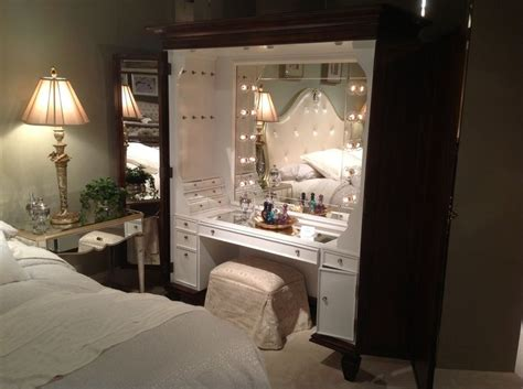 Vanity Inside Closet by 98 Best Images About Make Up Vanity On
