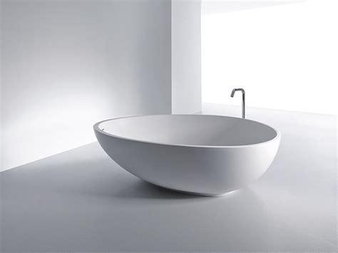 badewanne keramik oval freestanding tubs in cristalplant solid surface