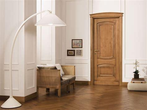 cornici porte porta in legno massello cornici collezione cornici by