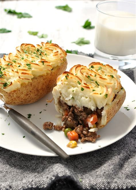 what is the difference between shepherds and cottage pie