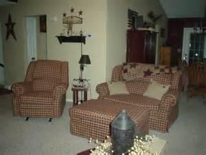 primitive living room furniture love the primitive furniture primitive livingroom