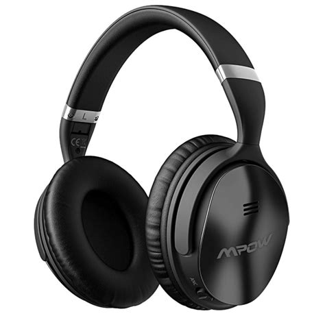 best noise cancelling headphones wireless seven of the best wireless noise cancelling headphones in