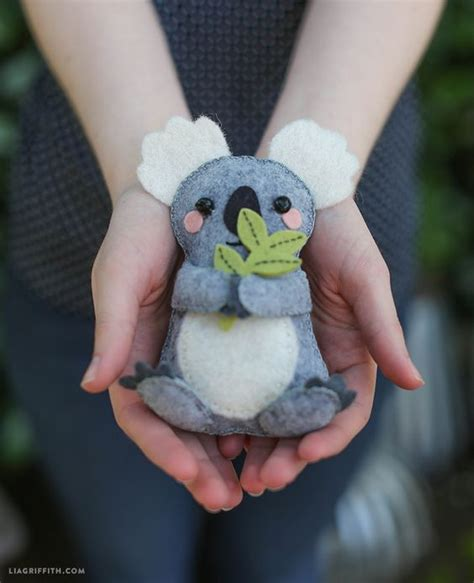 pattern for felt animals koalas felt and diy and crafts on pinterest