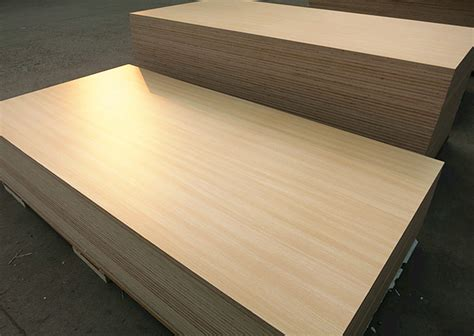 Best Quality E1 White Coloured Laminated Plywood Sheet For