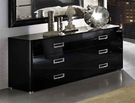 Black Lacquer Bedroom Furniture Roselawnlutheran Furniture Design Ideas Mysterious Black Lacquer Bedroom