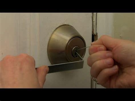 How To Choose A Front Door Lock