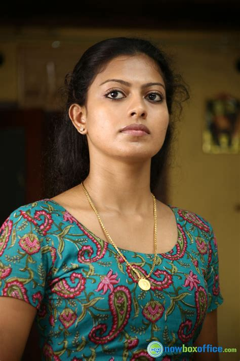 malayalam heroins video anusree nair malayalam actress photos anusree nair pics