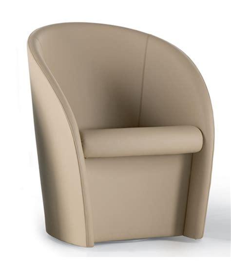 poltrona frau intervista intervista 360 176 armchair poltrona frau milia shop