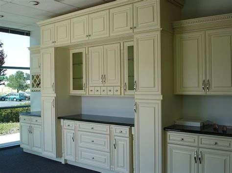 discount maple kitchen cabinets 30 best cabinet door styles images on pinterest cabinet