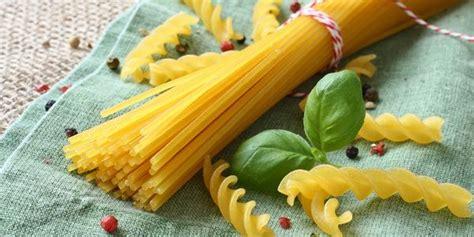 calorie alimenti senza glutine 10 tipi di pasta senza glutine benefici e calorie greenme