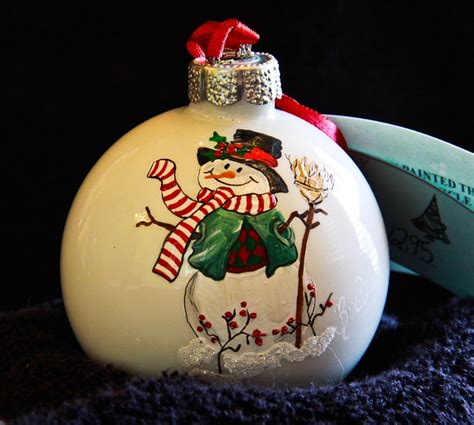 hand painted ornament snowman item 330