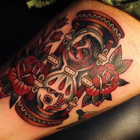traditional hourglass tattoo traditional tattoos hourglass salonserpentattoo