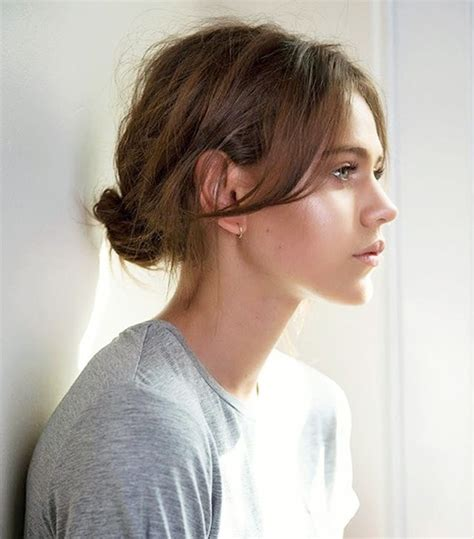 ways to put a bob in a ponytail 7 cool and easy buns that work for short hair byrdie