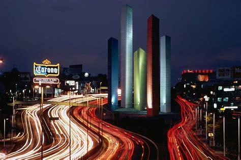 imagenes y muebles urbanos naucalpan torres de satelite en naucalpan estado de mexico