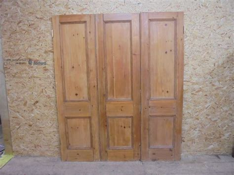 Tri Fold Door by Reclaimed Tri Fold Door Set Authentic Reclamation