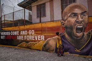 murals honor kobe bryant   daughter gianna