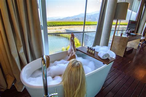 best bathtubs in the world the 15 best hotel bathtubs around the world the road les