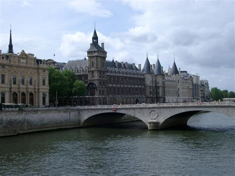 Sekiny Pria free stock photo of bridge the river seine in