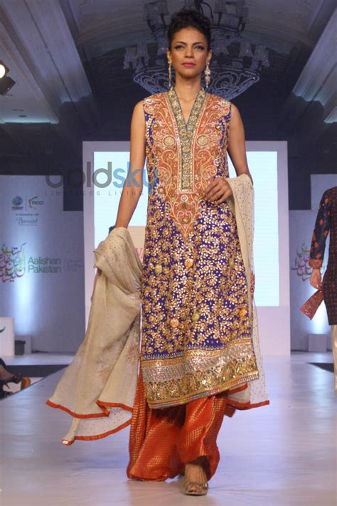 New Fashion Show by Aalishan Pakistan Fashion Show In New Delhi Photos Pics