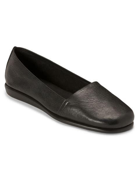 mr comfort shoes aerosoles mr softee flats