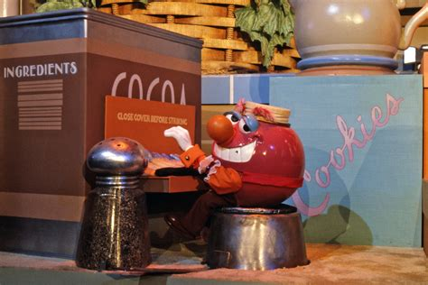 Kitchen Kabaret 7 Amazing Photos Of Epcot S Kitchen Kabaret 171 Disney Parks
