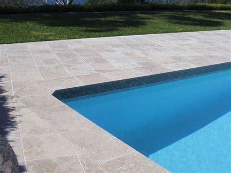 piastrelle per piscine prezzi pavimentazioni per piscine pavimenti per esterni