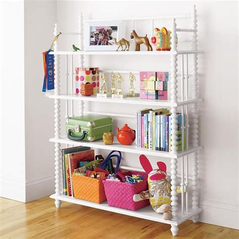 guest picks bookshelves for rooms