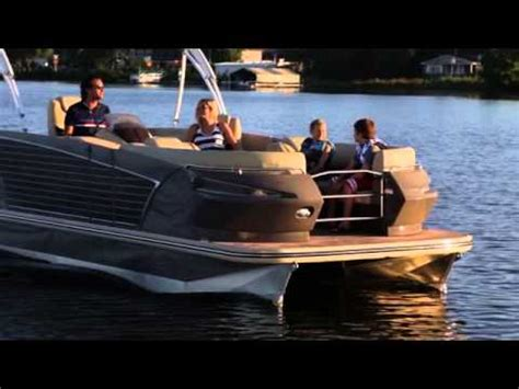 pontoon boats for sale peterborough pontoon peterborough area boats for sale kijiji canada