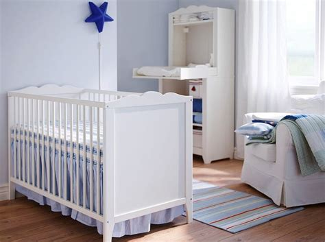 Baby Change Table Ikea A White Baby Cot With Matching Changing Table From Ikea Baby Rooms Pinterest Bedrooms
