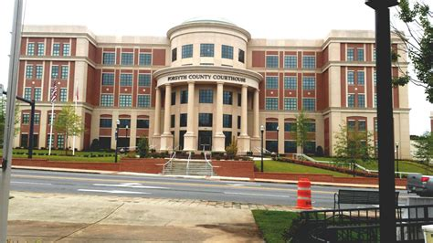 forsyth county court house landmarkhunter com forsyth county courthouse new