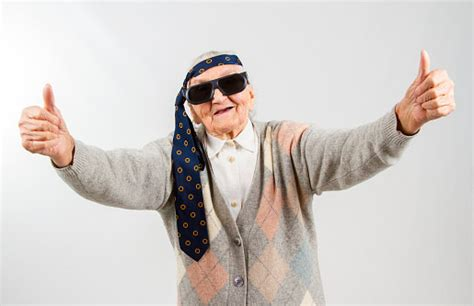 How Cool Is Your Grandmother Test | what kind of grandma will you be
