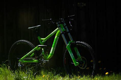 commencal supreme fr commencal supreme fr look bikerumor