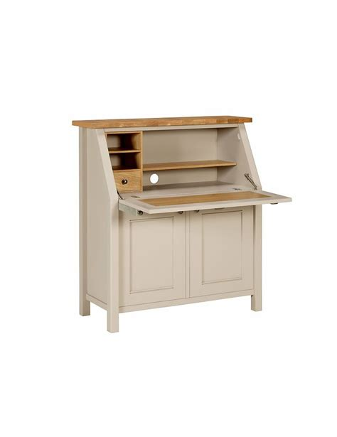 padstow bureau stains in kitchen and bureaus