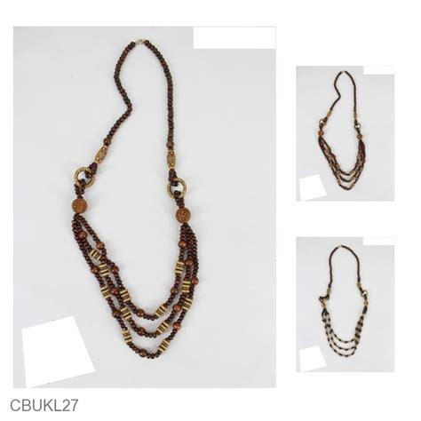Kalung Tali Unik Murah kalung unik kayu warna cokelat tasbih asmat kalung etnik