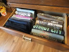 how to fold and organize t shirts organizing