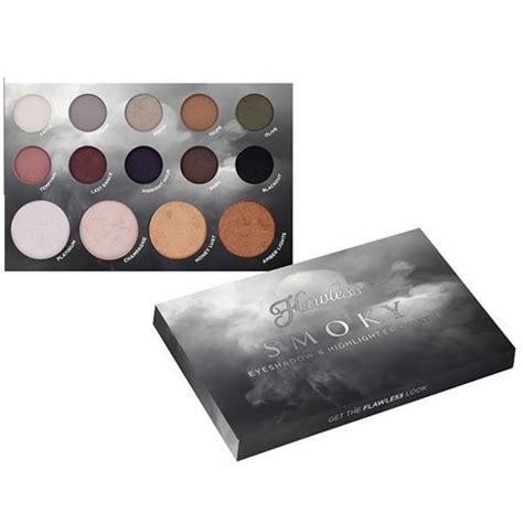 flawless smoky eyeshadow highlighter palette