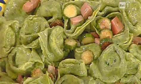 ricette per cucinare la prova cuoco ricette la prova cuoco tortelloni verdi prosciutto e