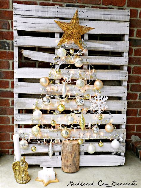 simple xmas wood pallet tree can decorate