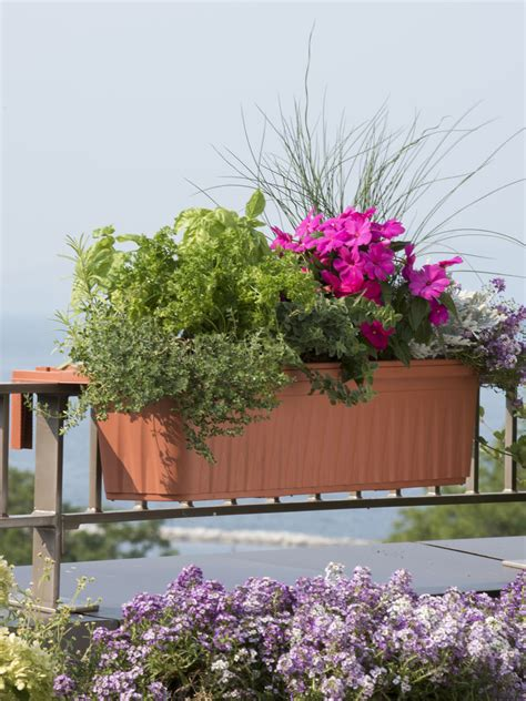 Self Watering Railing Planter by Railing Planters 36 Quot Accommodate 1 Quot To 4 25 Quot Thick Deck